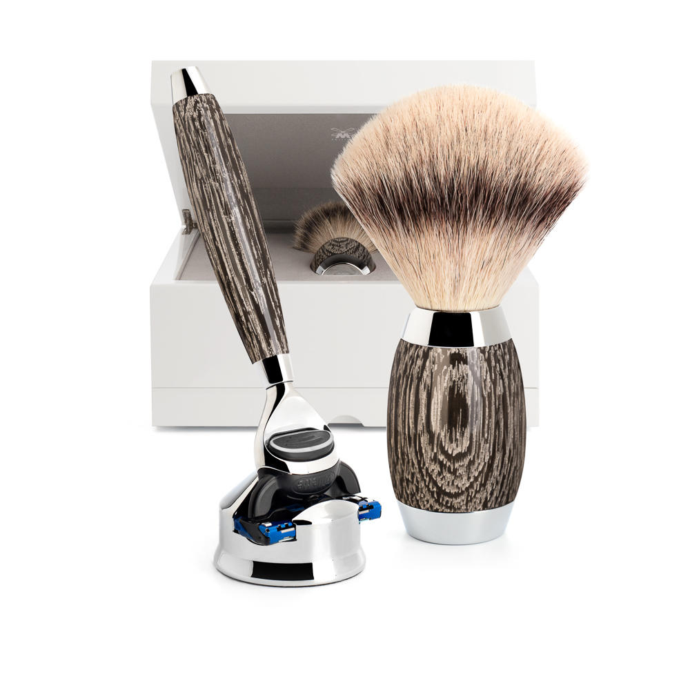Limited edition shaving set