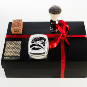 Edwards Christmas traditional shaving box 3 piece